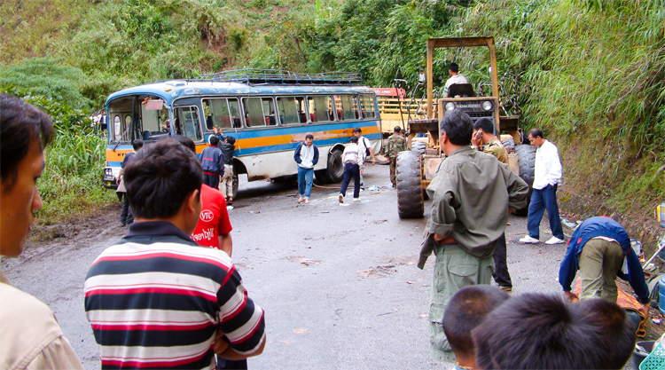 Busongeluk bij Vang Vieng in Laos