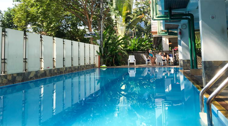 Zwembad van New Siam Guesthouse II in Bangkok
