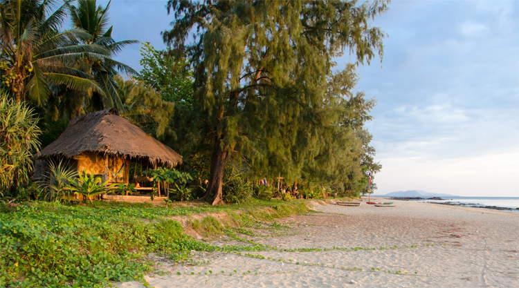 Strand op Koh Jum