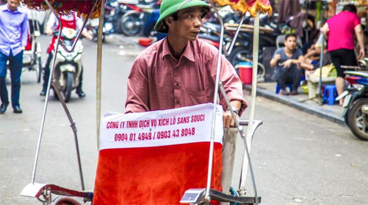 Riskja bestuurder in Hanoi