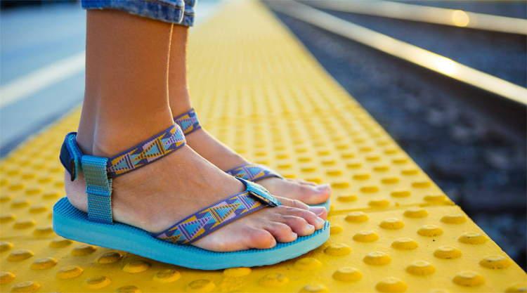 Teva sandalen backpacken Zuidoost Azië