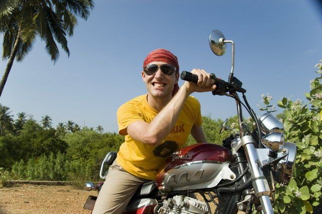 581-royal-enfield-thunderbird-goa